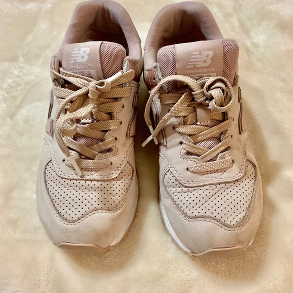 0528a51f5a Rose gold pink new balance sneakers